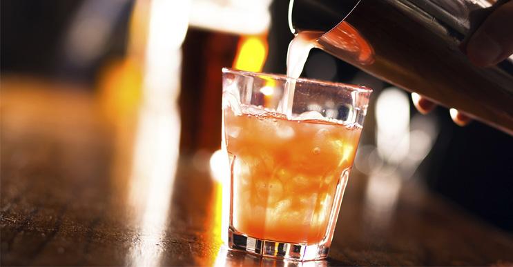 10-bebidas-alcohólicas-que-no-sabías-que-existían-portada